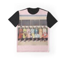 Day Trip Graphic T-Shirt