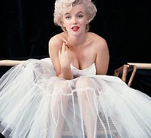 Marilyn Monroe by kalikristine