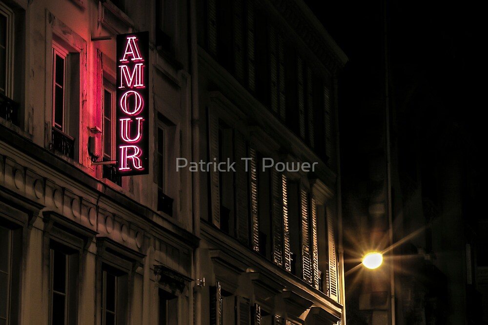 Amour sur la rue de Navarin by Patrick T. Power