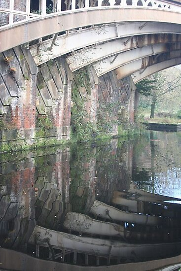 Manchester: canal walk by Jonesyinc