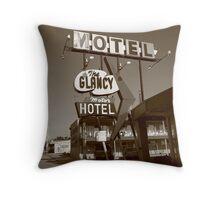 Route 66 - Glancy Motel Throw Pillow