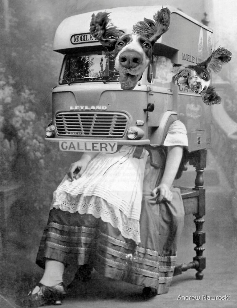 Portable Gallery Attendant. by Andreav Nawroski