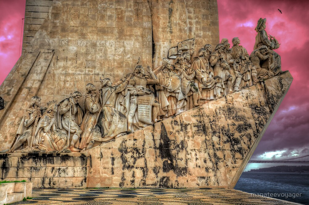 Discoveries Monument by manateevoyager