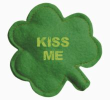Saint Patrick's Day lucky kiss me by Tia Knight