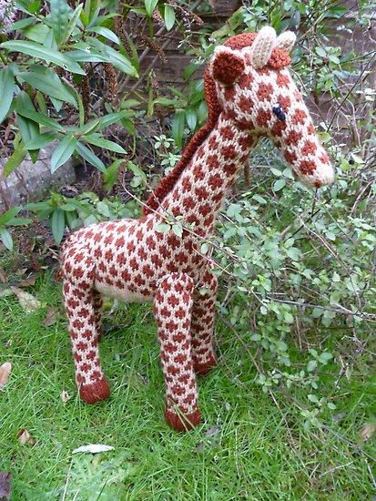 Hand Knitted toy Giraffe by mrsmcvitty