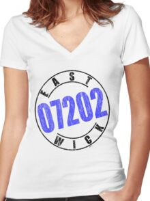'Eastwick 07202' Women's Fitted V-Neck T-Shirt