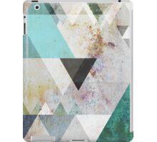 Graphic 3 blue iPad Case/Skin