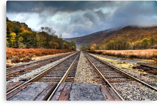 Rail to Thorpe by martinilogic