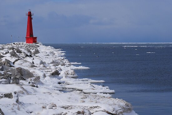 Muskegon on Ice by Lin Taylor