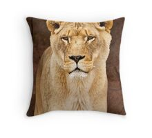 African Lion Dry Brush Throw Pillow