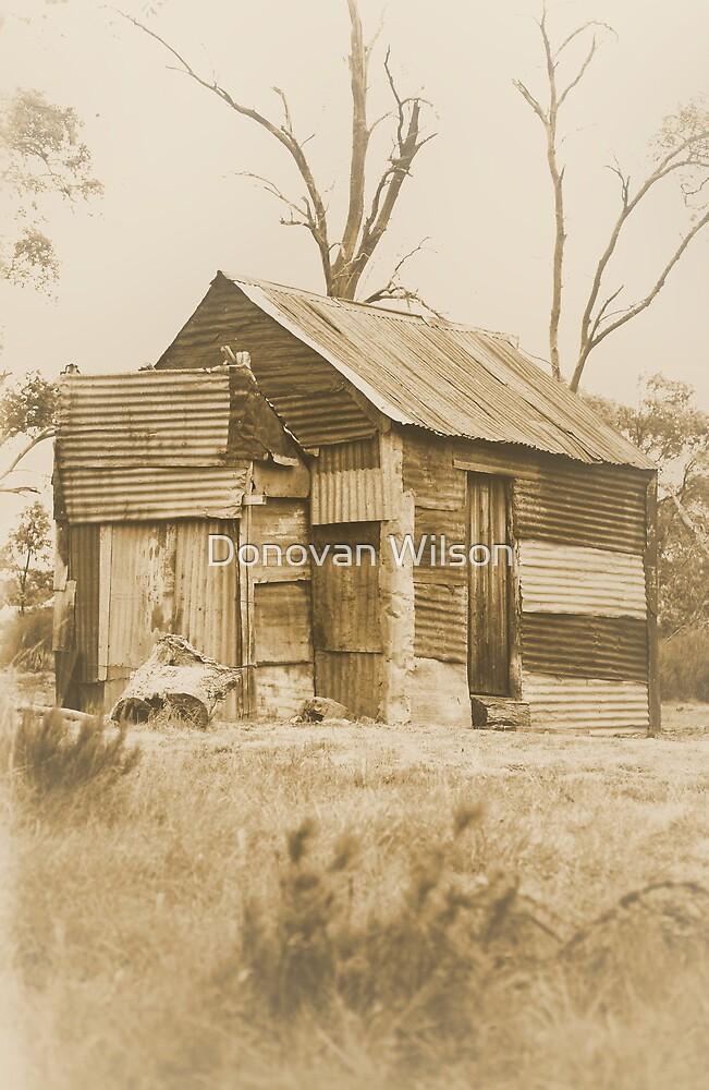 Millers Hut . Kosciuszko National Park. by Donovan wilson
