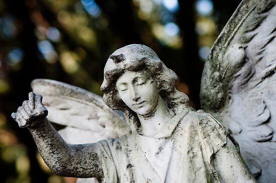 Angel with bokeh by Karen Havenaar