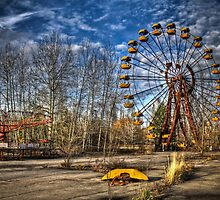 Prypiat/Chernobyl Abandoned Ferris Wheel by pixog