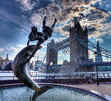 Fountain and Bridge by Dean Messenger