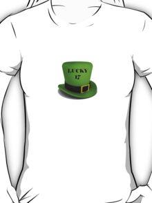 happy Saint Patrick's Day lucky 17 hat T-Shirt
