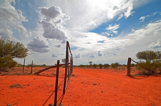 Red Earth and thunderheads by Mel  LEE