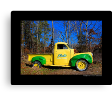 Finks Country Farm Old Truck - Wading River, New York Canvas Print