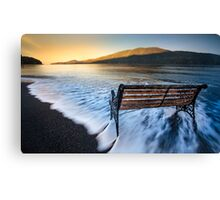 Awaiting a new dawn Canvas Print
