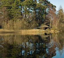 BOAT HOUSE ON DERWENT WATERS by andysax