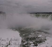 Frozen Niagara 2 © by © Hany G. Jadaa © Prince John Photography