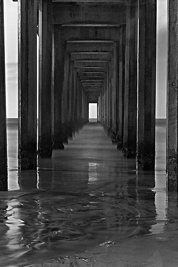 Scripps Pier 2 by Jeff Clark