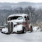 Antique Snowmobile by wiscbackroadz