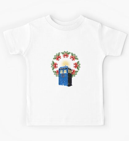 A WARM & COMFORTABLE TARDIS IN THE SNOWSTORM  Kids Tee