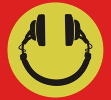 Smiley headphones Baby Tee