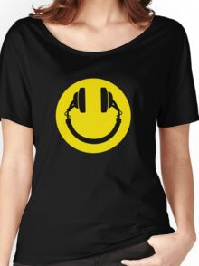 Smiley headphones Women's Relaxed Fit T-Shirt