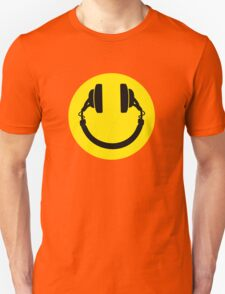 Smiley headphones Unisex T-Shirt