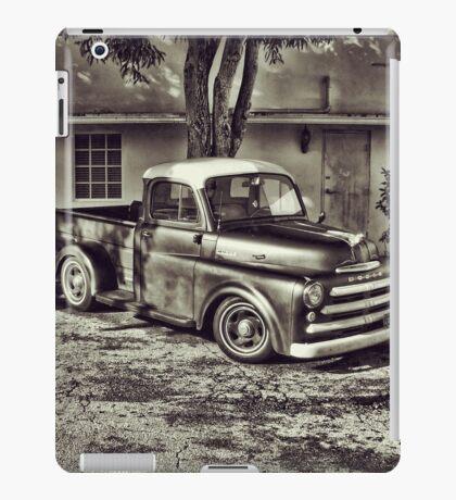 Old Timey Truck Zoomer iPad Case/Skin