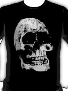 Grunge Cool Skull T-Shirt Design T-Shirt