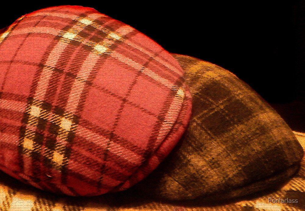Tartan Bonnet by Forfarlass