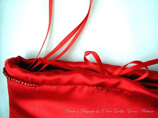 Famous Bag by INma Gallego Gómez - Pastrana