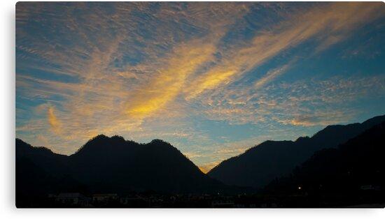 Misty Morning by gaurav0410