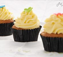 Cup Cakes by Jody Michaels