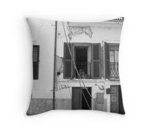 Abruzzo's earthquake Throw Pillow
