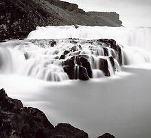 black & white waterfall by Hannele Luhtasela-el Showk
