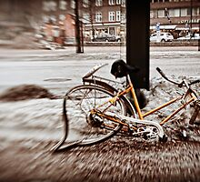 Helsinki - afterwinter bike around Kamppi by Michal Tokarczuk