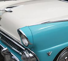 Classic American Car bonnet and badge. by brians101