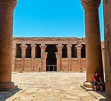 Temple of Horus4. by bulljup