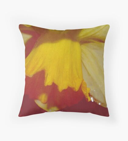 Yellow Daffodils 1 Throw Pillow