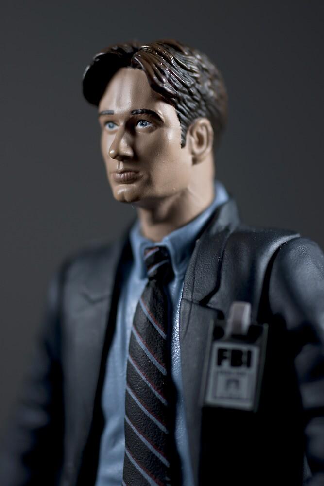 Special Agent Fox Mulder by NerdierPhotog