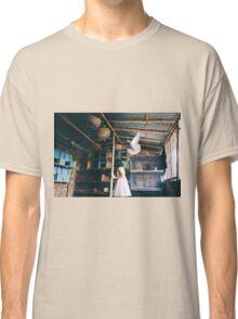 her birds Classic T-Shirt