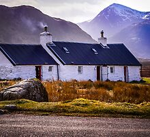 Blackrock Cottage - Glen Coe by SAUNDERSphotogr