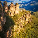 Three Sisters rock formation in the Blue Mountains by Verotte