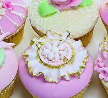 Cupcakes by Debu55y