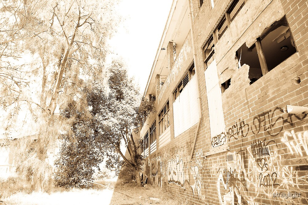 Larundel Mental Hospital, Bundoora - 1 by straylight