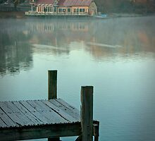 Daylesford Lake - Early Morning by pbclarke