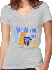 Dalek with Tea Women's Fitted V-Neck T-Shirt